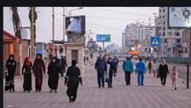 صورة «المشي» يخفف عن أهالي غزة رُعب جائحة كورونا
