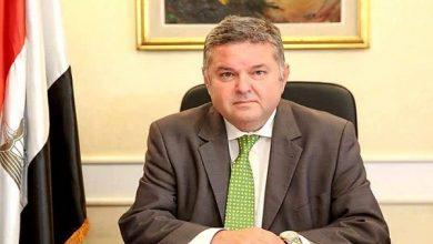 صورة وزير قطاع الأعمال العام يشدد على التزام الشركات باحترازات مواجهة «كورونا»