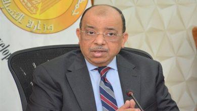 صورة وزير التنمية المحلية: غلق أكثر من 11 ألف محل تجاري ومقهي ومطعم وورشة في 15 محافظة