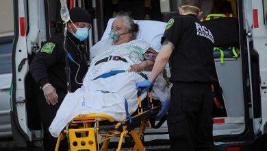 صورة العالم يعاني من ضربات «كورونا».. والإصابات تزحف نحو حاجز المائة مليون