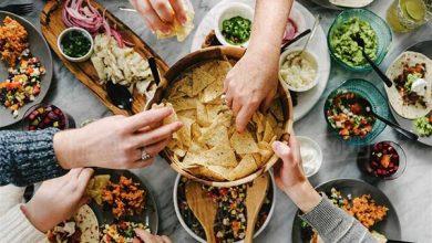 صورة نصائح غذائية مُهمّة لتقوية مناعتك خلال شهر رمضان .. احترس من هذه المأكولات!