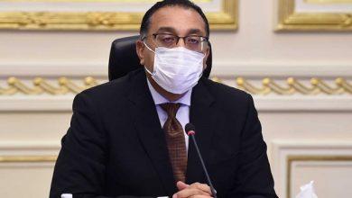 صورة رئيس الوزراء يستعرض مشروعات التعاون المشتركة بين مصر وفرنسا