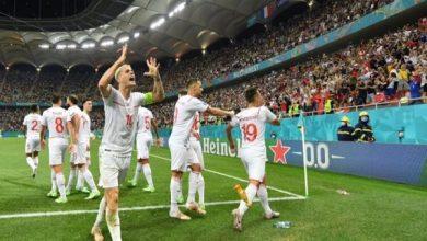 صورة بعد مباراة ماراثونية.. سويسرا تحقق المفاجأة وتُطيح بـ«الديوك الفرنسية»