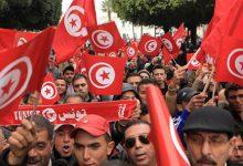 صورة الرئيس التونسي يدعو المواطنين للهدوء.. وسط تحذيرات دولية من الانزلاق إلى العنف