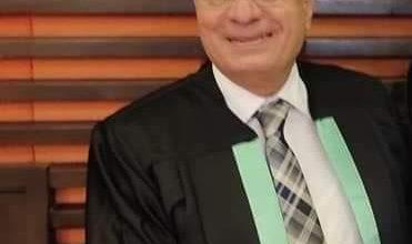 صورة د. مؤمن كامل أفضل طبيب مثالي على مستوى الجمهورية.. مليون مبارك