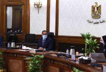 صورة رئيس الوزراء يتابع خطوات إطلاق استراتيجية صناعة السيارات في مصر