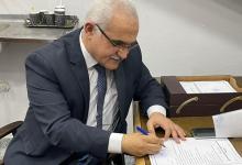 صورة أكد أن النادي يستحق الأفضل.. د. هشام عناني يتقدم بأوراق ترشحه لرئاسة الإسماعيلي
