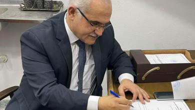 صورة أكد أن النادي يستحق الأفضل.. الدكتور هشام عناني يتقدم بأوراق ترشحه لرئاسة الإسماعيلي