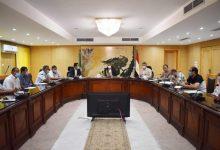 صورة محافظ الفيوم يتابع معدلات تنفيذ مشروعات رصف الطرق بالخطة الاستثمارية